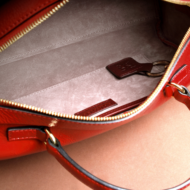 Inside bag lined with velvety leather.