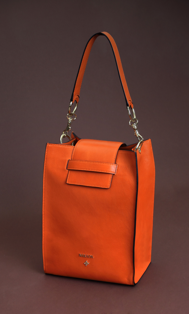 Original orange nappa rectangular bag. Very comfortable to wear